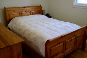 Solid Pine Queen Size Sleigh Bed