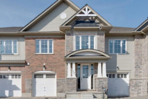 Luxury Townhouse for rent Old Town Niagara on the Lake