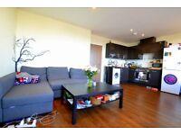 1 bedroom flat in Umberston Street, E1
