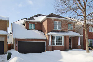 30 Mersey Dr - Grand House For Sale!