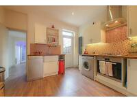 3 bedroom house in Desford Road, London, London, E16