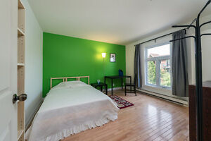 Beautiful Fully FURNISHED 3BR_2 mins from Boul. St-Laurent