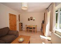 2 bedroom flat in Haggard Road, Twickenham, Middlesex, TW1