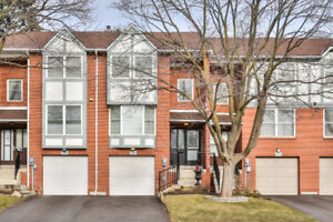 German Mills 2,000 square feet townhouse unit available for rent