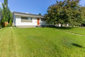 Beautiful Lynnwood bungalow investment property for sale 394,900