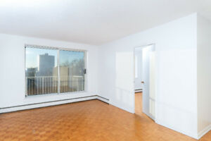 PET FRIENDLY 1 BR WITH BALCONY STEPS FROM SMU, DAL & DOWNTOWN