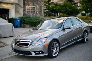 2011 Mercedes-Benz E-Class 550 Sedan 4MATIC ***MINT CONDITION***