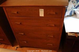 Dresser Sale !!!!!!!!!!!!!!!!!!!!!!