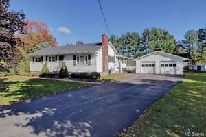 Spacious Bungalow With Detached Double Garage!