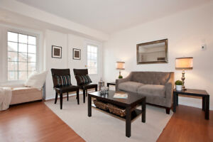 MISSISSAUGA CONDOS FOR SALE NEAR SQUARE ONE