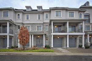 Exclusive Waterfront Townhouse in the Heart of Thornbury