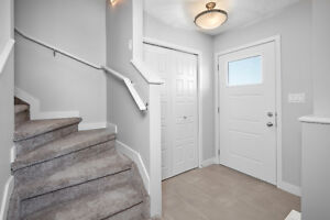 BEST VALUE! BEAUTIFUL #1 SELLING TOWNHOUSE IN CHAPPELLE GARDENS!