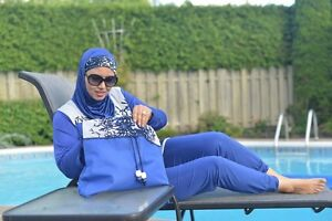 Hijab, tunic ,Burkini, pantalon large...