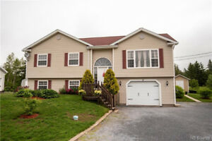 PRICE IMPROVEMENT-LOVELY HOME IN HAMPTON w/Pool