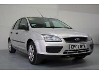 Ford Focus 1.6 LX Just Service, Extremely Low Mileage