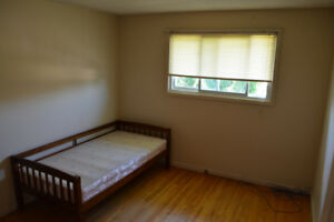 Superb Room Close to Niagara College