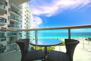 Beautiful Beachfront Apartment in the heart of Hollywood Beach