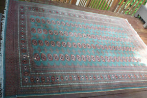 Bokhara Wool Carpet / Rug - Hand Knotted - 9' x 6'