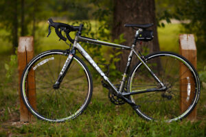 2012 Lexa SLX Road Bike (52cm)