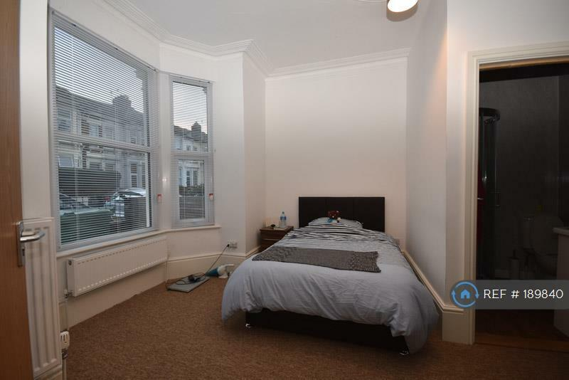 1 bedroom in North End Avenue, Portsmouth, PO2