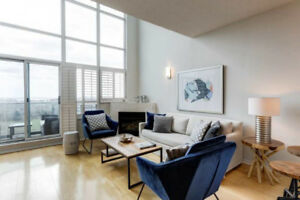 ☆ LOFT - Penthouse Big Bright 2Floor - Check It Out Today  $499K