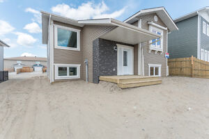 BRAND NEW HOME-MOVE-IN TOMORROW! 17 Bellingham Court - RE/MAX®