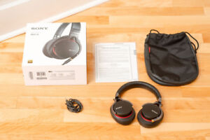 Sony MDR-1A Closed Back Over Ear Audiophile headphones