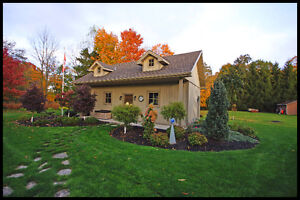 Stunning one of a kind home on an acre in Strathroy London Ontario image 9