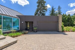 Spectacular Modern Architecture in Exclusive Enclave! London Ontario image 10