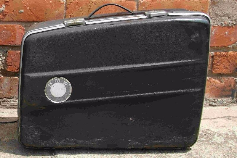 Assorted individual Bmw R-series boxer airhead panniers