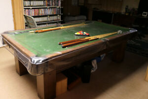 Brunswick Billiards Oak 8' Snooker Table
