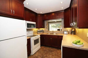 3+2 Beds Bungalow with Separate Entrance to Basement - Oshawa