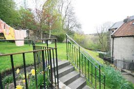 1 Bed Dean Village flat with shared garden