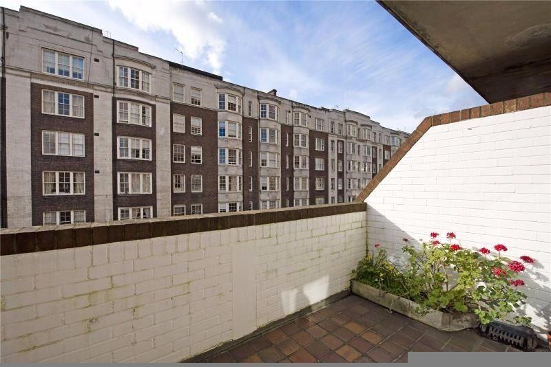 3 bedroom flat - Queensway W2 - Duplex / Recently refurbished / Furnished