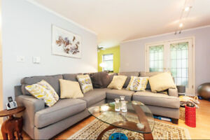 Elegant and Beautifully Charming Vancouver Apartment for sale!