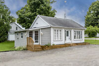 High Exposure Office for Lease - 11 Mill St., Wyebridge