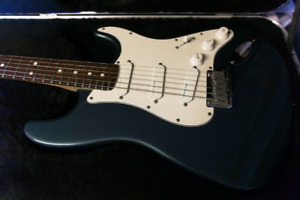 MINT 1989 Fender USA Deluxe Plus Stratocaster
