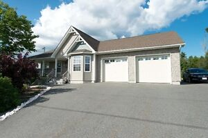 80 LAURA DR, QUISPAMSIS - RIVER VALLEY VIEWS