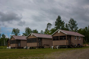 Income Property!! Lodge with 3 cottages in Kirkland