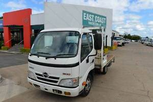 HINO DUTRO 300 ** CRANE TRUCK ** TRAYTOP ** #5061 Archerfield Brisbane South West Preview