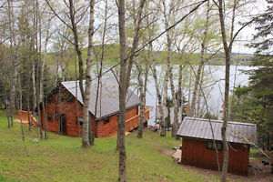 Waterfront Chalet with bunkhouse, Belleisle Bay!!!