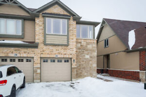 FREEHOLD Townhouse - END UNIT - Binbrook