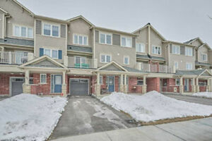 Modern 3 Story, 2 Bed Townhome, Windfield Farm Community!