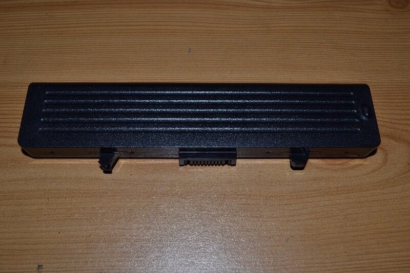 Dell 1525,1526,1545,1750,1440 Laptop Battery