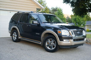 2007 Ford Explorer RSC Eddie Bower SUV, Crossover