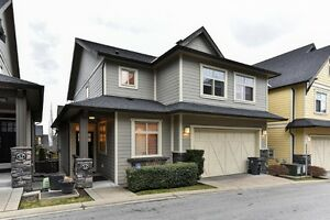 Beautiful 3 bedroom detached Townhome in Sunny South Surrey