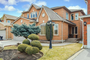 Impeccable 4Bdr Detached Family Home! Desired Wilshire/Westmount