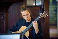 Learn to play your favourite song with award winning guitarist