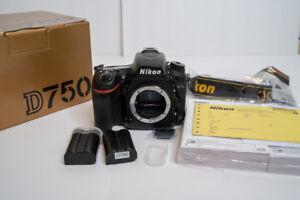 Nikon D750 Full Frame dSLR-Low Shutter Count-3 Batteries-Boxes