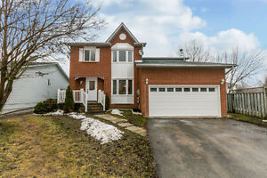 Updated 4+1BD Home in Innisfil, Sep.Ent. to Basement